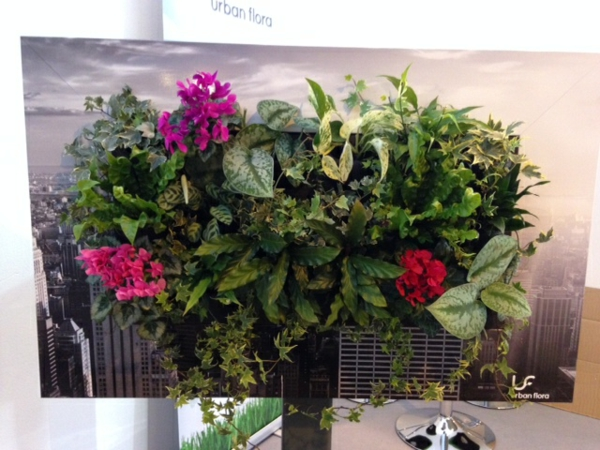 Wanddeko mit pflanzen livepicture erfrischt das ambiente - Wandfarben arten ...