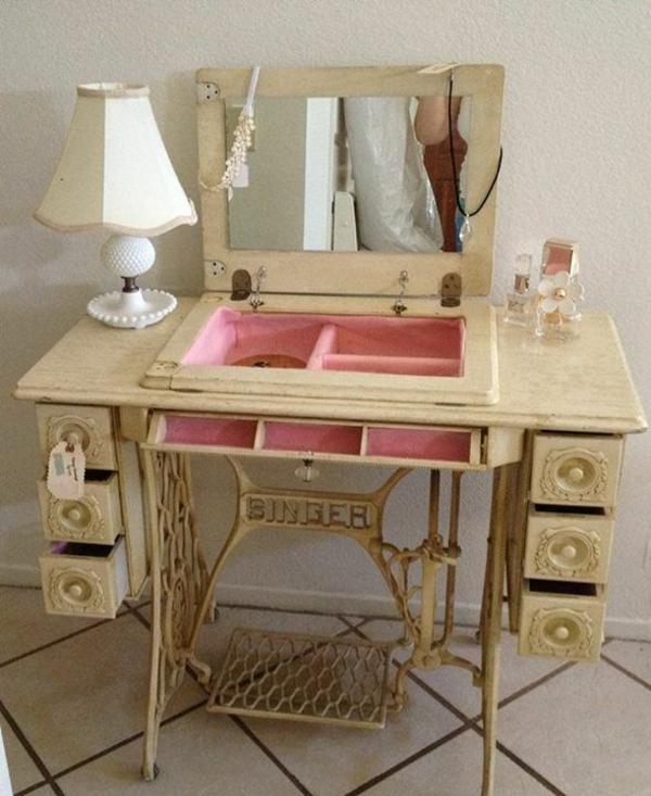 Alter Nähmaschinentisch alte möbel neu gestalten die alte nähmaschine als vintage möbel