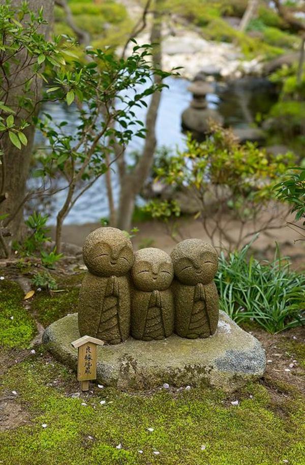 asiatischer garten gartengestaltungsideen stein statuen garten teich