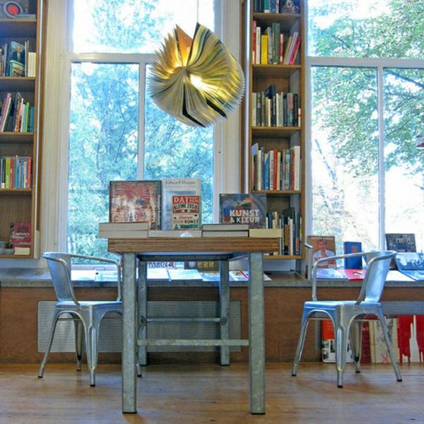 bücher lampen ideen diy vorhandene materialien tisch
