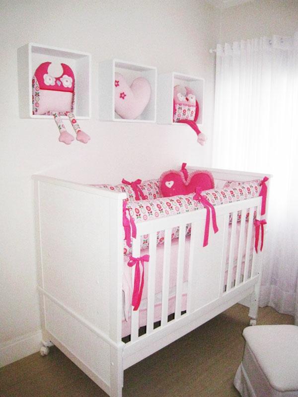 babyzimmer kinderzimmer komplett gestalten bett geländer
