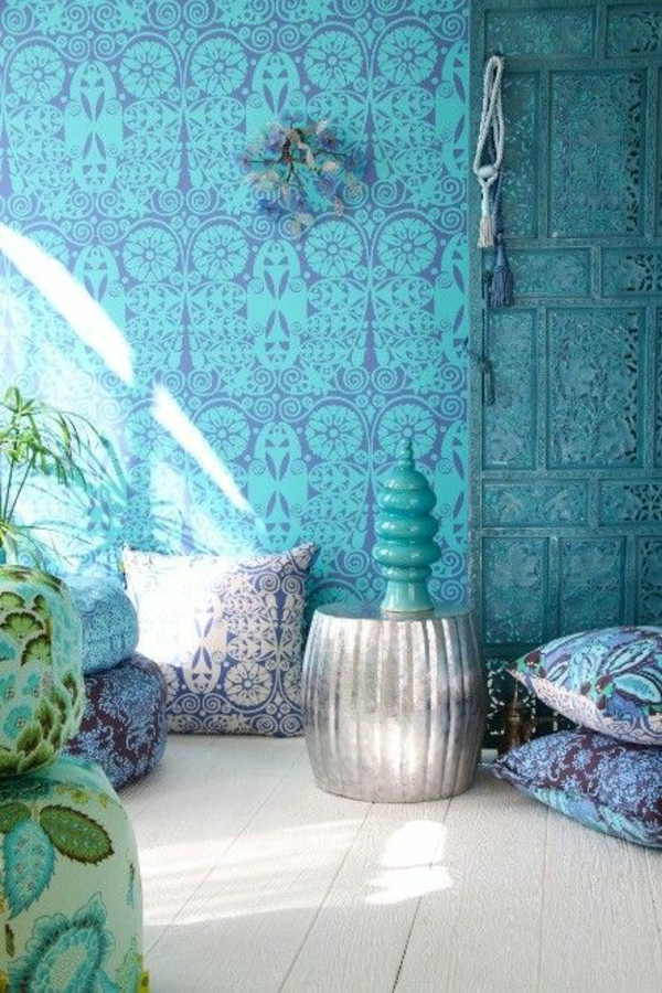blaue tapete muster ornamente im orientalischen stil