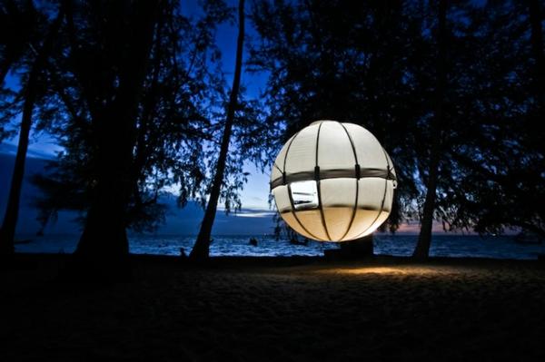 camping zelt als erscheinung in der nacht