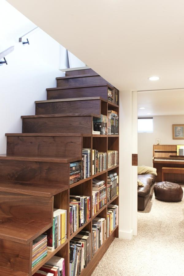 die treppe zuhause die fläche darunter ausnutzen
