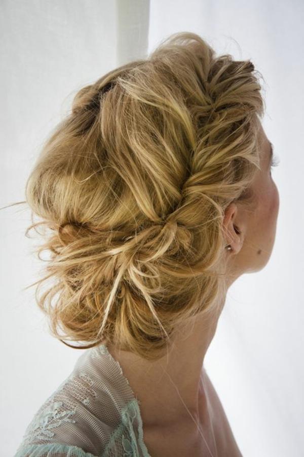 dirndl frisuren schöne mädchen ideen oktoberfest blond