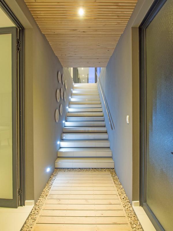 einbauleuchten-am-treppenhaus