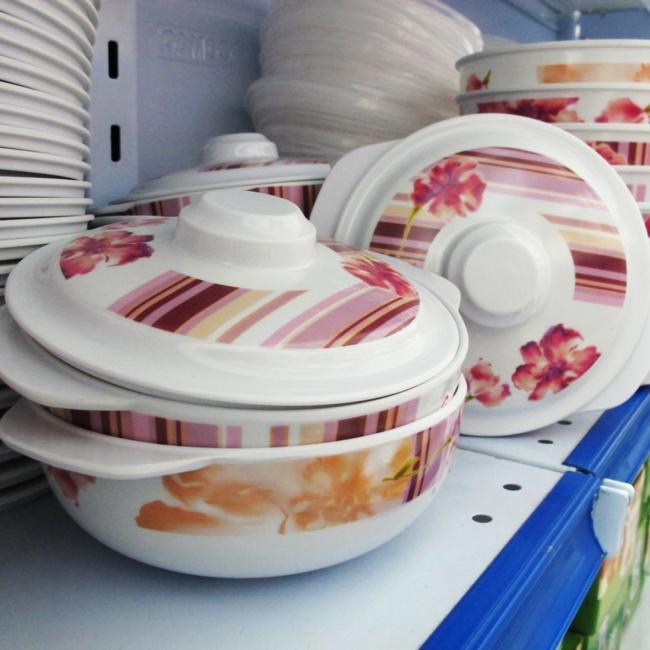geschirr set günstig kaufen küchenutensilien plastiktopf blumenmuster