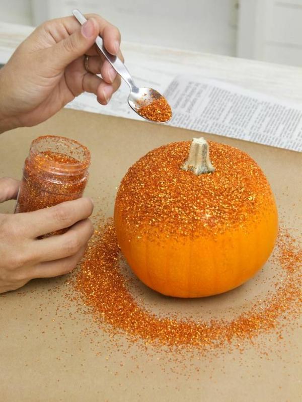 Halloween Deko basteln und Feierstimmung kreieren