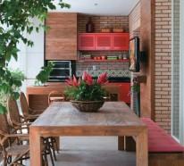 Terrassengestaltung in Farbe – zwei Beispiele in Rot und Grün