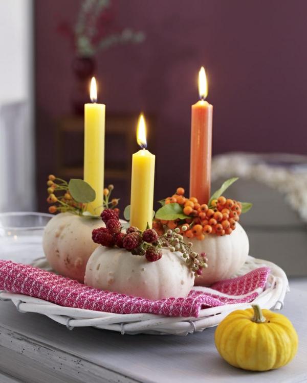 halloween deko kleine kürbisse kerzenständer herbstdeko
