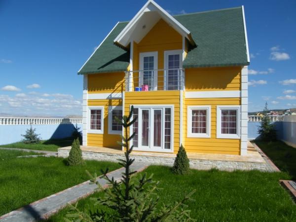 Attraktiv Hausfassaden Farben Gelb Farbgestaltung Ideen Sommerhaus