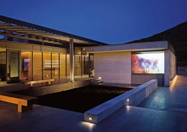 heimkino einrichten stundenlang filme im freien anschauen. Black Bedroom Furniture Sets. Home Design Ideas