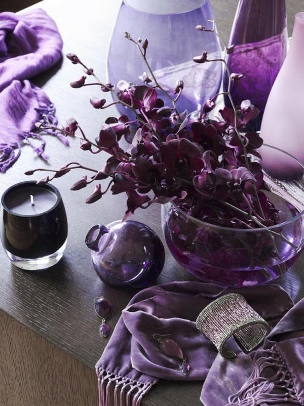 innendesign ideen violett farbe