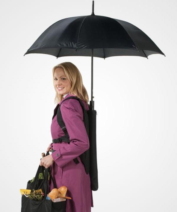 lustige hausfrauen regenschirme rucksack