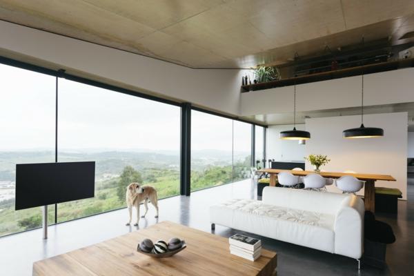 panoramafenster wohnzimmer geräumiger aussehend
