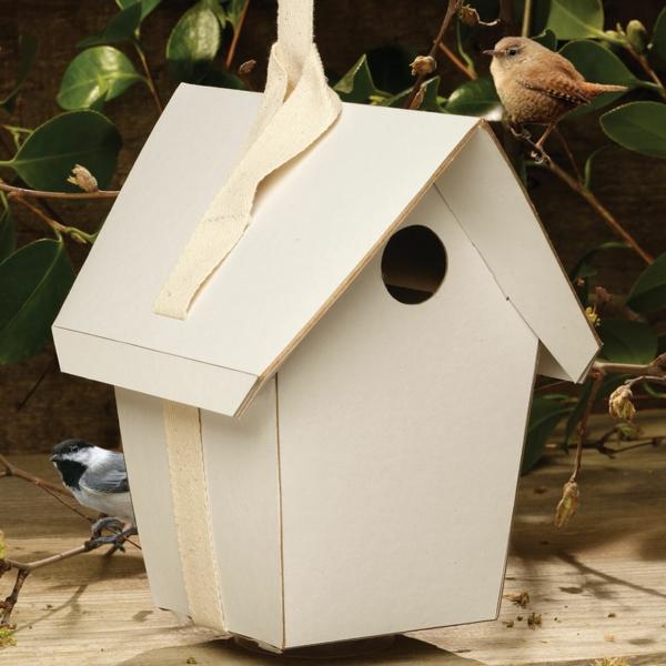 papphaus für vögeln