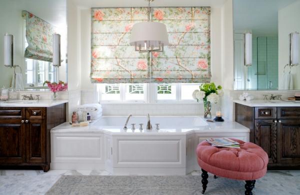 raffrollo blumenmuster badezimmer design