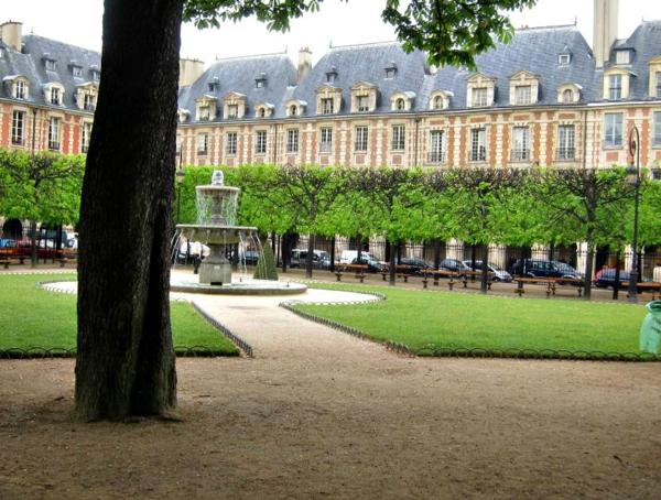 romantisches hotel paris Place des Vosges garten luxushotel