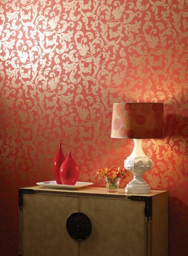 Goldene tapeten strahlen w rme aus und sorgen f r magische momente - Rote wohnzimmerwand ...