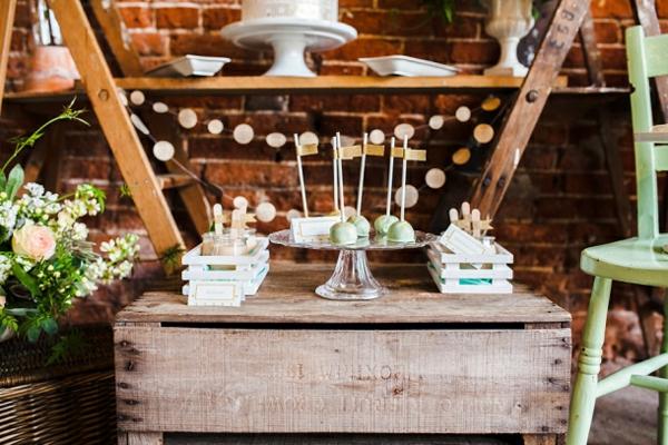 Tischdeko Ideen Im Rustikalen Stil Ein Dessert Buffet Arrangieren