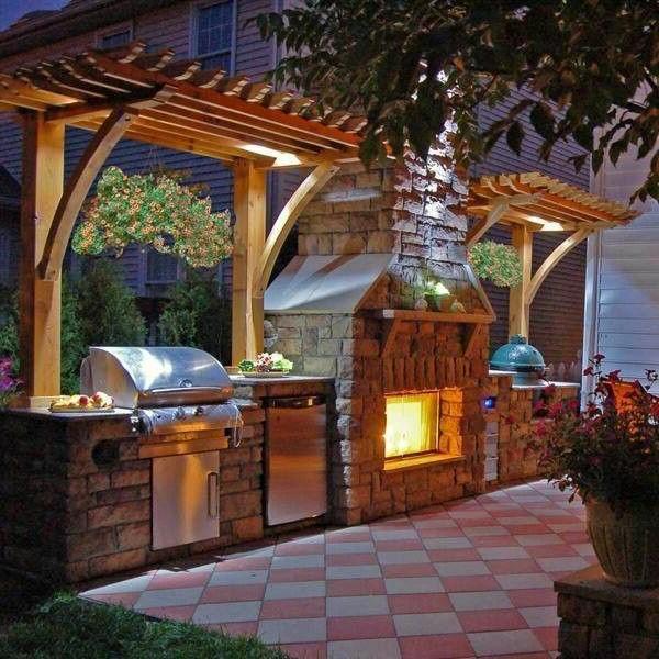 Schöne Wohnideen - Luxusküche im Innenhof