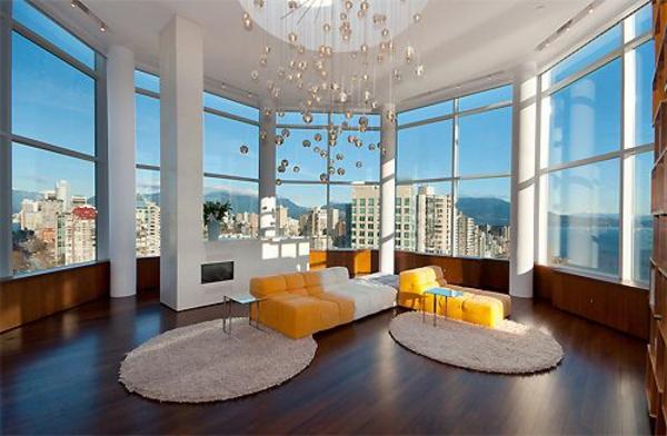 schönes panorama genießen panoramafenster