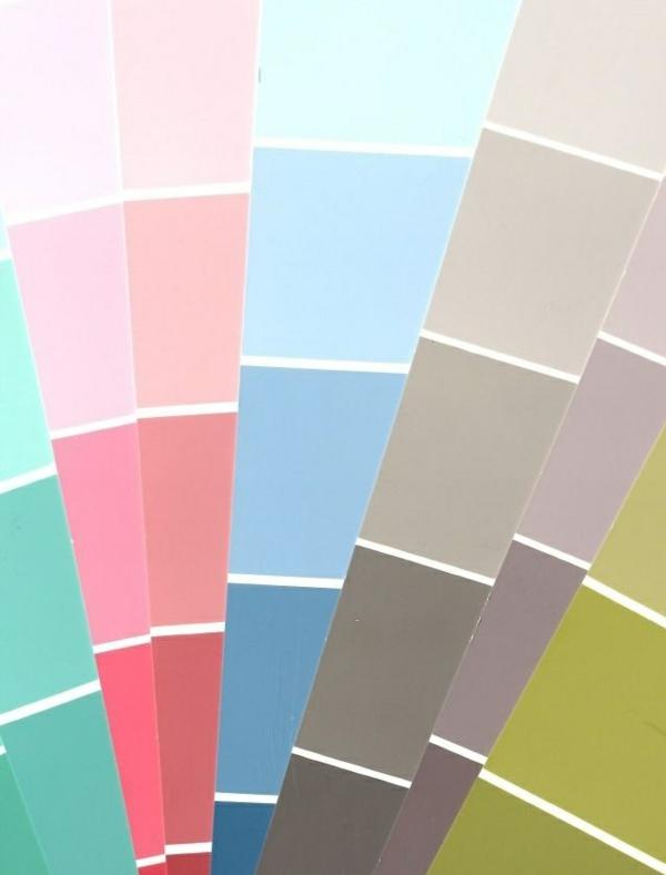 schlafzimmer wandfarbe auswählen farbfeder parbpalette farbideen