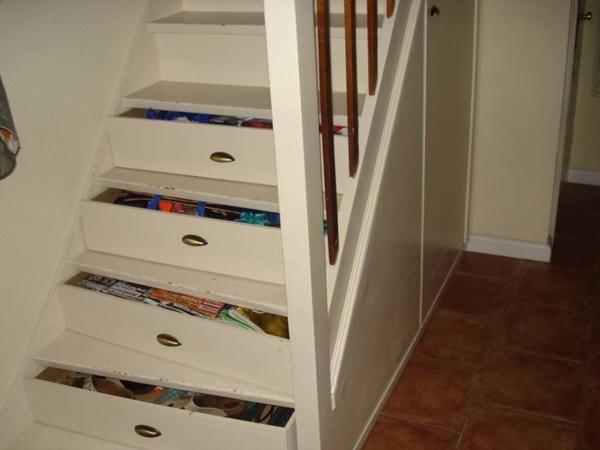 stauram mit treppenschubladen