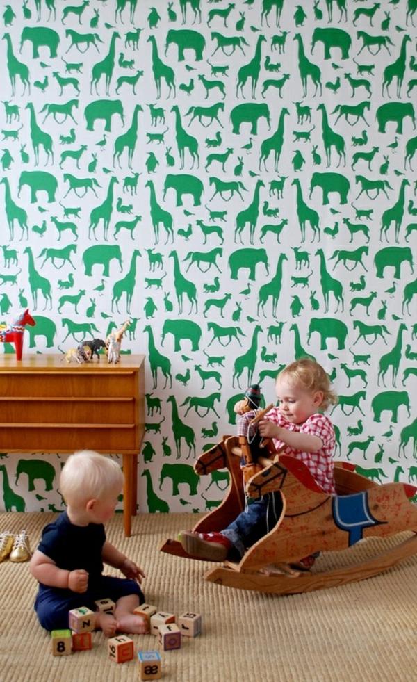 babyzimmer tapeten spielraum gestalten wandgestaltung tapetenmuster grün tiere