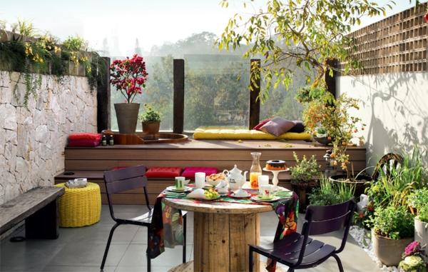 terrassengestaltung modern balkonpflanzen lounge möbel selber bauen