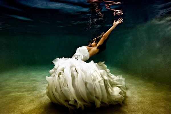 Bräute-als-Nixen-pracht-design-unterwasser