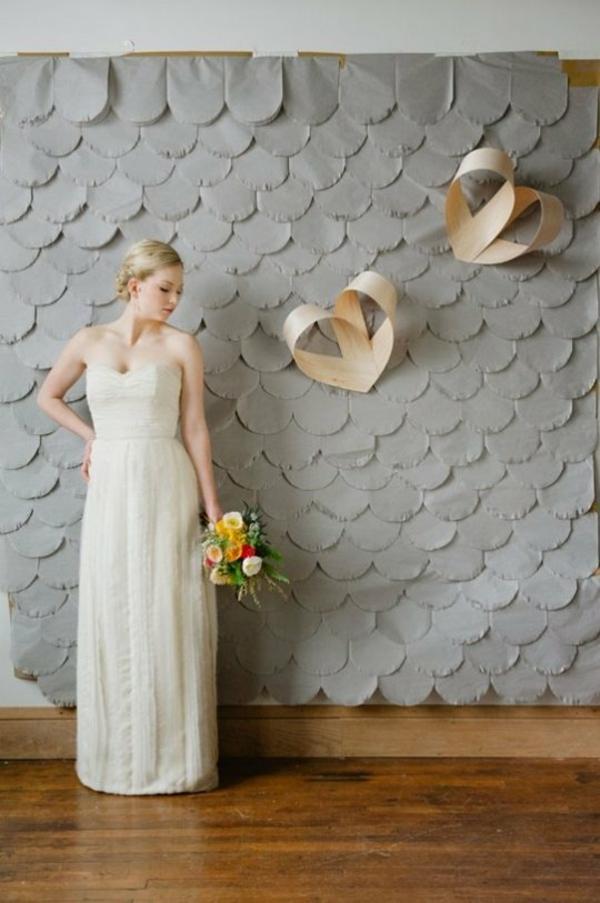 grau hintergrund Hochzeiten dekoideen holz herzen wand