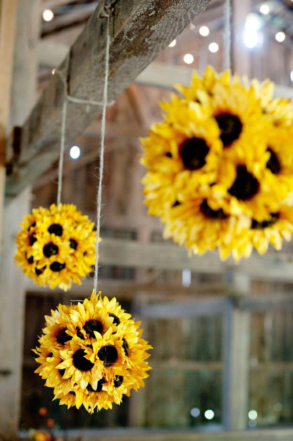 gelb Hochzeit dekoideen sonnenblumen hängend