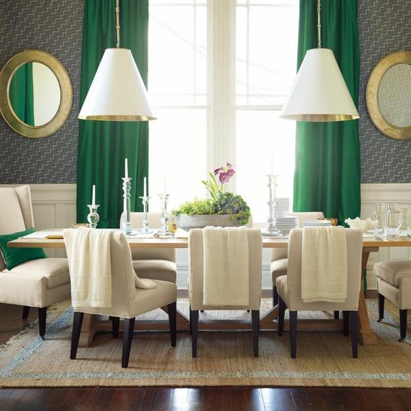 Gardinen-in-Grün-für-alle-Saisons-symmetrisch-tischlampen