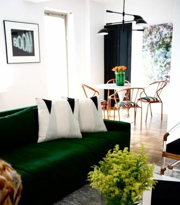 Grüne design Sofas dunkel kissen weiß
