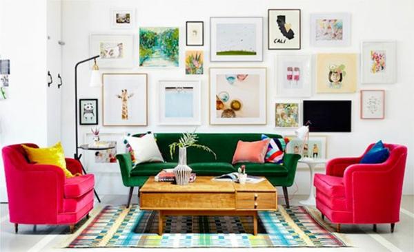 Grüne Sofas samt rosa pink