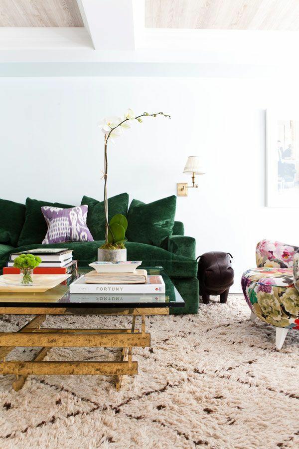 Grüne Sofas teppich pflanzen kissen
