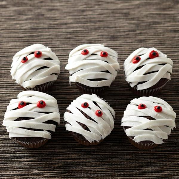 Grusel Muffins backen halloween gebäck cupcakes mumien