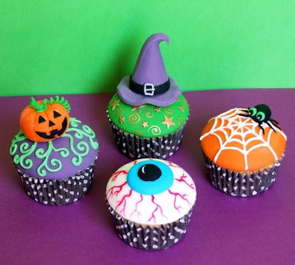 Grusel Muffins backen halloween gebäck cupcakes rezept farbig