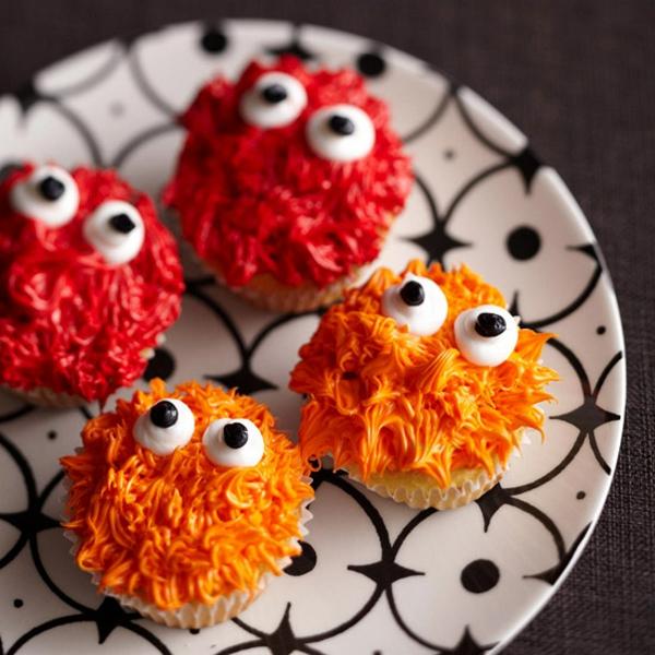 Grusel Muffins backen halloween gebäck monster cupcakes orange