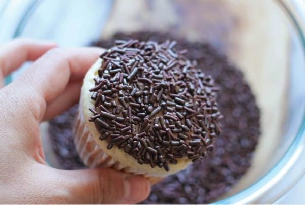 Grusel Muffins cupekaces backen halloween gebäck Halloween Party Rezepte