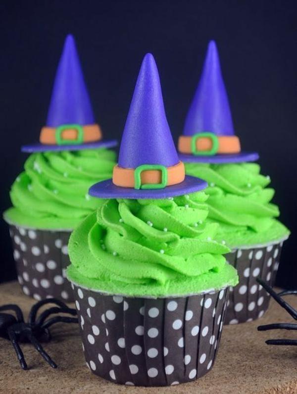 Grusel Muffins halloween nachtisch grüne cupcakes backen hexenhut