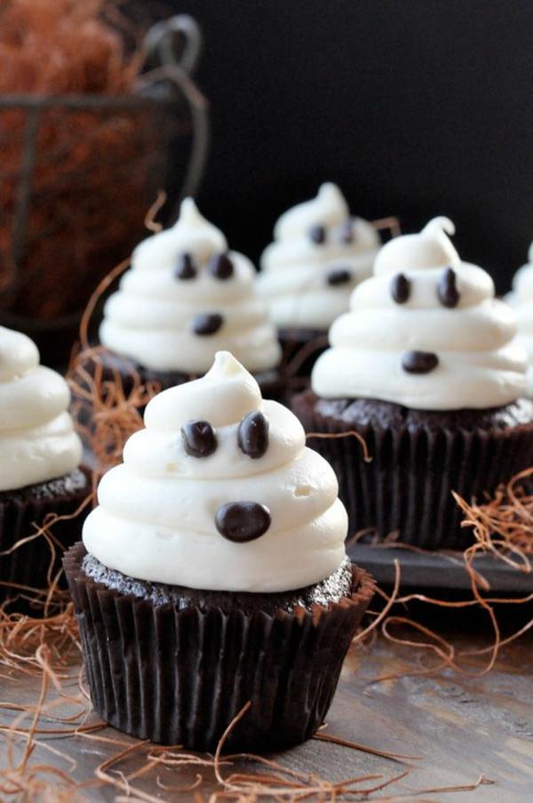 Halloween essen party Rezepte halloween gebäck Grusel Muffins backen