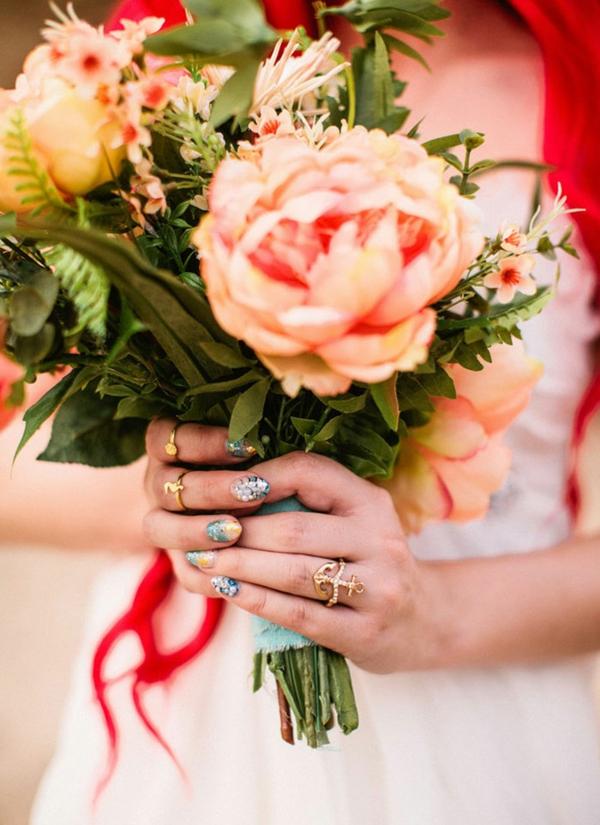 Hochzeitsdekoration Ideen schmuck tischdeko nagellack finger ringe