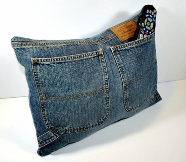 Kissenhüllen aus Jeans kissenbezüge klamotten wurfkissen