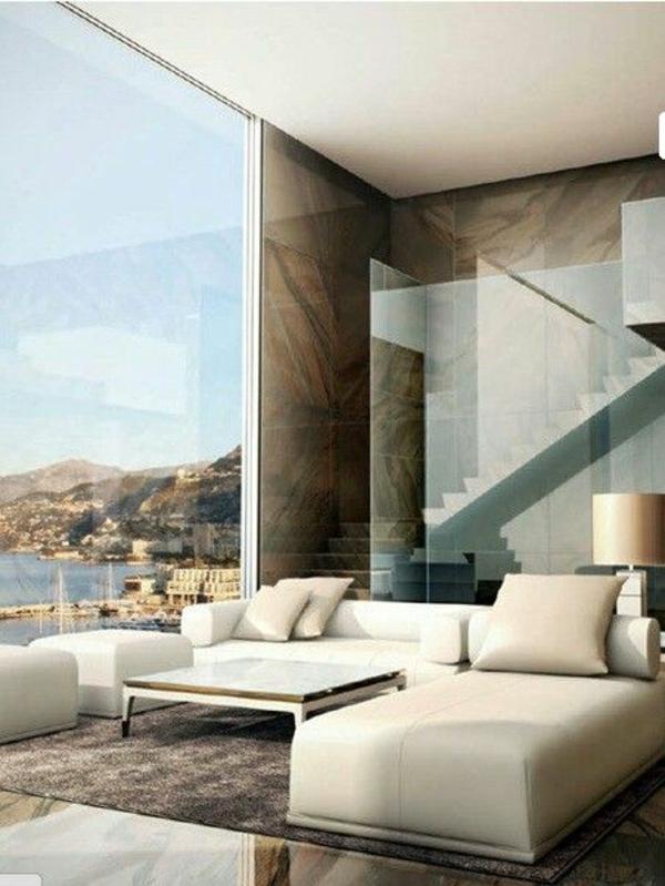 Moderne Wohnzimmermöbel sonnig