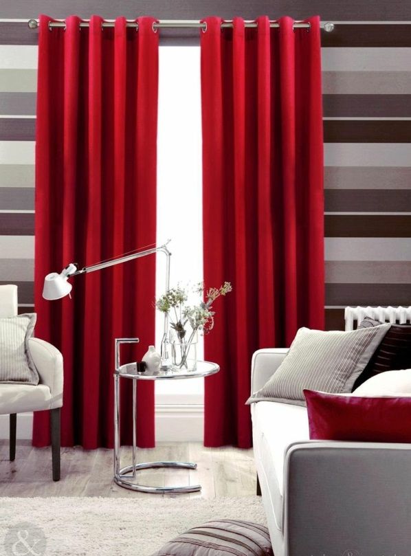 35 rote gardinen f r k nigliche eleganz in ihrem wohnzimmer. Black Bedroom Furniture Sets. Home Design Ideas