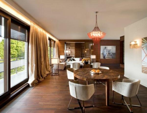 gardinen Braun wohnzimmer glas türen bodenbelag