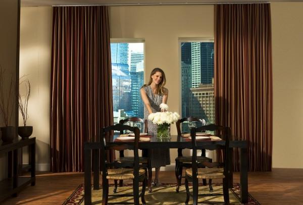 Schiebevorhang in Braun wohnzimmer glas türen elegant