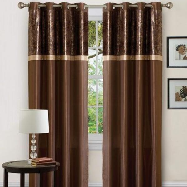 wohnzimmer braun beige:Schiebevorhang in Braun – männliche Eleganz und Privatheit